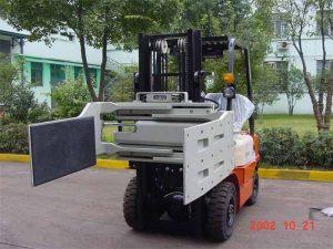 Kitajska Večnamenska objemka za pritrditev viličarja